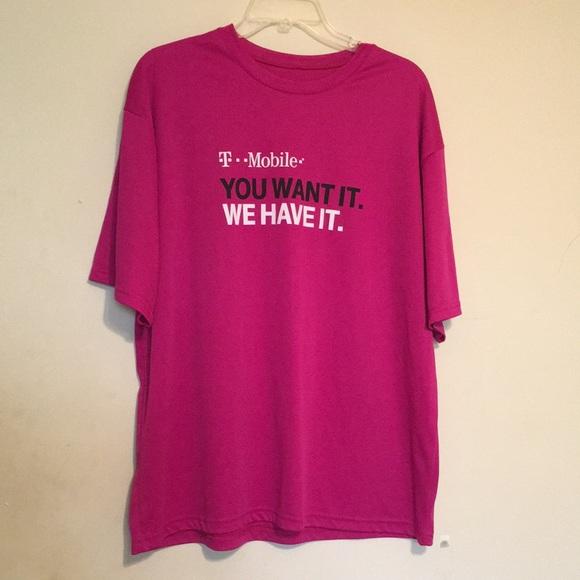 Men's XL T-Mobile Nylon Shirt